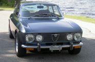 1974 Alfa Romeo GTV 2000 View 1