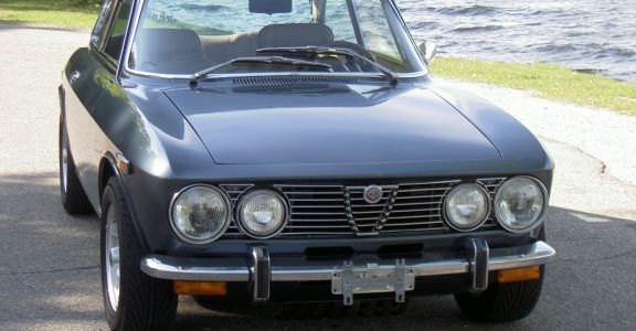 1974 Alfa Romeo GTV 2000 perspective