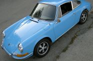 1970 Porsche 911T 2,2l Coupe View 4