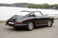 1966 Porsche 911 2.0 Coupe View 1