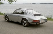 1972 Porsche 911 T  Sunroof Coupe View 6