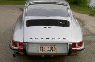 1972 Porsche 911 T  Sunroof Coupe View 7