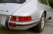 1972 Porsche 911 T  Sunroof Coupe View 24