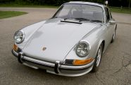 1972 Porsche 911 T  Sunroof Coupe View 3