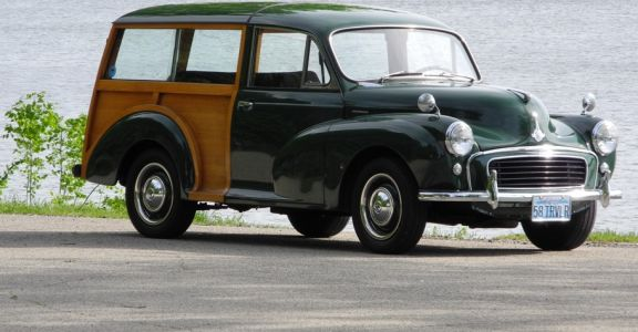 1958 Morris Minor Traveller perspective