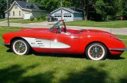 1960 Corvette Roadster View 3