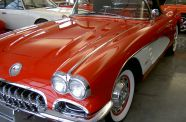 1960 Corvette Roadster View 12