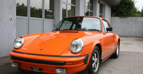 1974 Porsche Carrera 2.7 MFI (Euro spec) perspective
