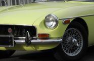 1970 MGB-GT View 13