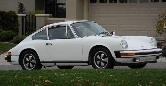 1977 Porsche 911S Sunroof Coupe Original Paint! perspective