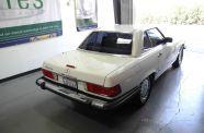 1989 Mercedes 560SL View 17