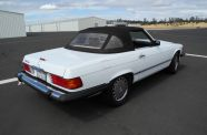 1989 Mercedes 560SL View 38