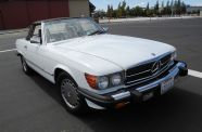 1989 Mercedes 560SL View 40