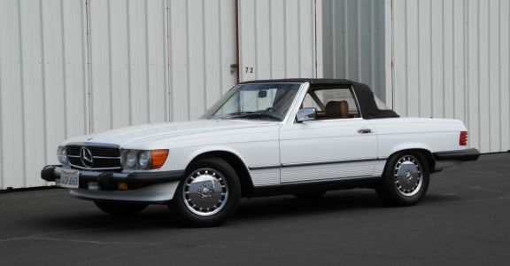 1989 Mercedes 560SL perspective