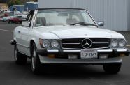 1989 Mercedes 560SL View 14