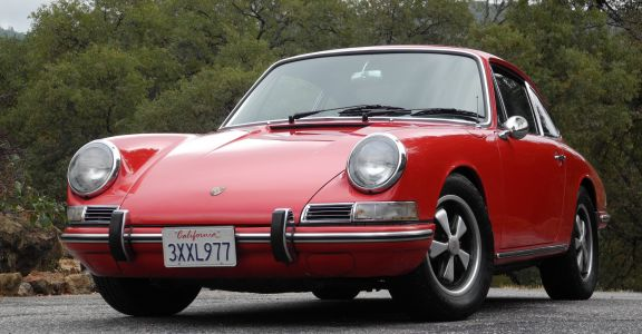 1967 Porsche 911 Sunroof Coupe! perspective
