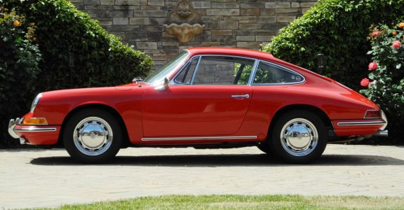 1966 Porsche 911 Coupe perspective
