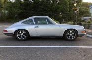 1971 Porsche 911S Coupe View 11