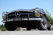 1969 Mercedes Benz 280SL View 11