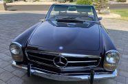 1969 Mercedes Benz 280SL View 14