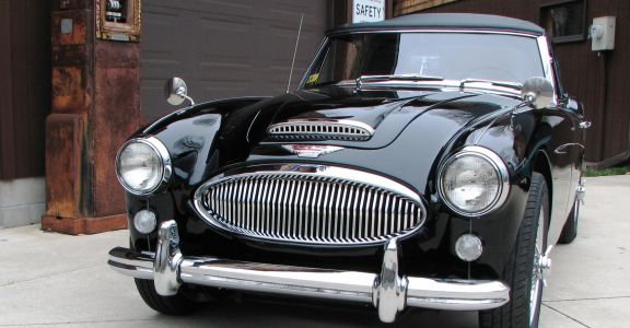 1965 Austin Healey MK3 BJ8 perspective
