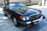 Mercedes Benz 560SL One owner!  View 18