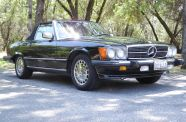 Mercedes Benz 560SL One owner!  View 6