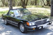 Mercedes Benz 560SL One owner!  View 3