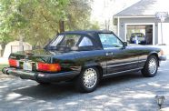 Mercedes Benz 560SL One owner!  View 16