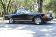 Mercedes Benz 560SL One owner!  View 8