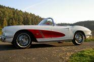 1962 Corvette Roadster View 3