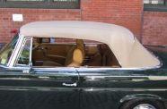 1971 Mercedes 280SE 3.5 Cab View 25