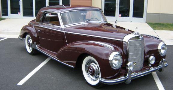 1954 Mercedes 300S perspective