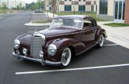 1954 Mercedes 300S View 3